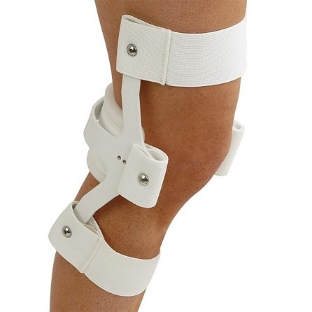 Knee cage
