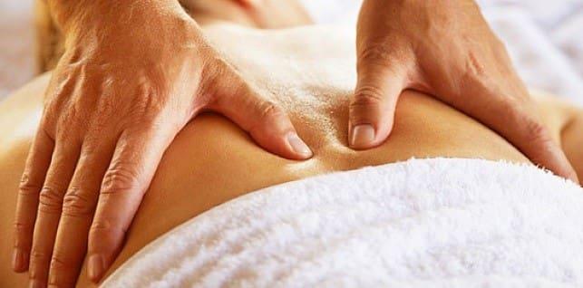 درمان دستی یکی از روش های فیزیوتراپی پایین کمر