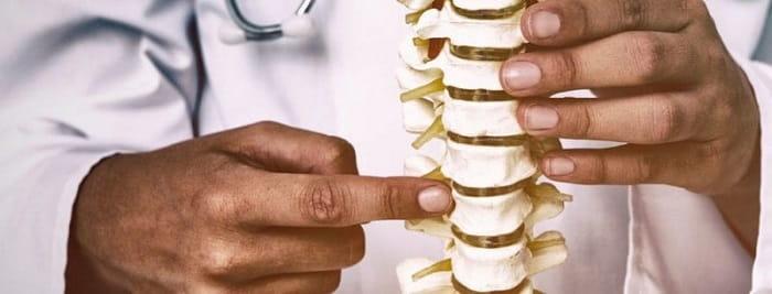 متخصص فیزیوتراپی به درمان چه اختلالاتی میپردازد؟