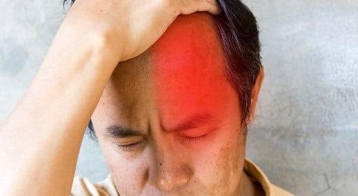چه عواملی باعث سردردهای خوشه ای میشوند؟