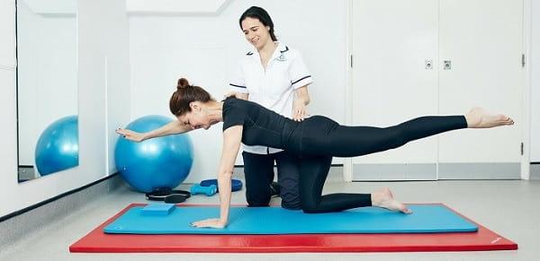 ورزش و حرکت مداوم از انواع درمانهای فیزیوتراپی