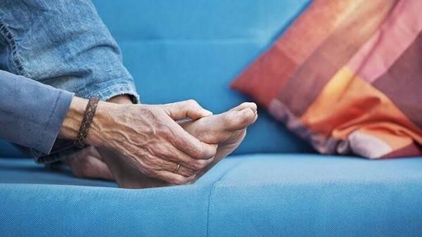 استراحت جهت بهبود روماتیسم مفصلی