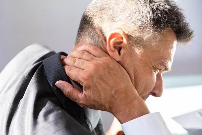 نحوه درمان سردردهای گردنی